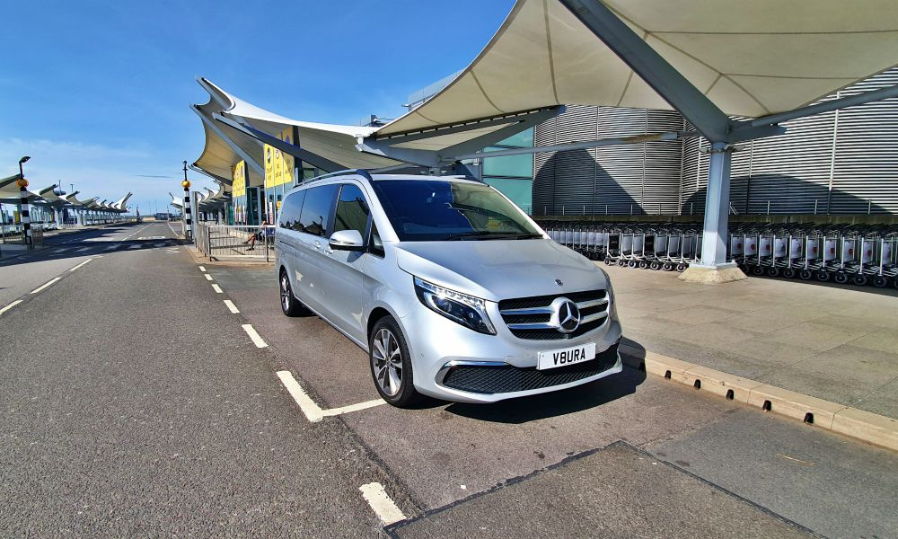 Grantham Airport Transfers to London Heathrow Airport